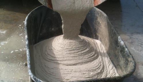 замес раствора бетон